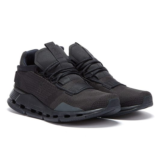 On Running Cloud Nova Mens Black Trainers