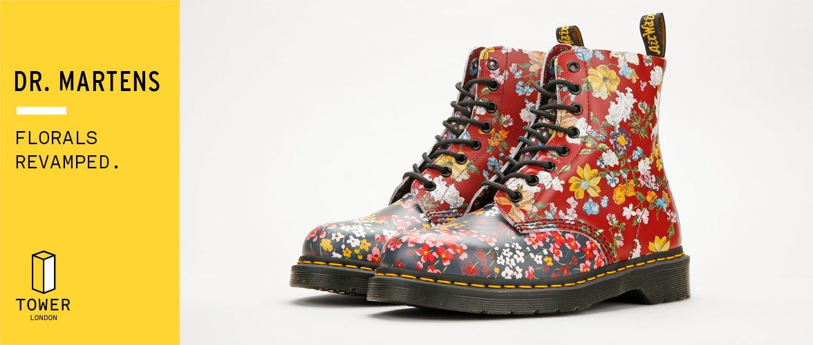 New Dr. Martens Womens Floral Mix Pascal Boots